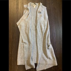 2 for $30 H&M Long Heather grey vest with pockets